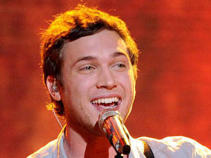 American Idol semi-final: Phillip Phillips performs