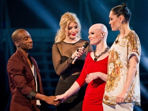 Cassius Henry and Toni Warne leave The Voice.