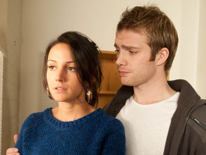 Tina can tell that Tommy is keeping secrets and begs him to confide in her