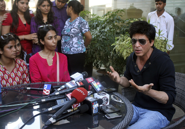 Shah Rukh Khan speaks to the media following the Wankhede Stadium controversy - May 17, 2012
