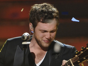 'American Idol' final: Phillip Phillips performs his first single 'Home'.