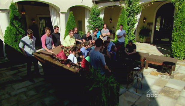 The Bachelorette S08E02