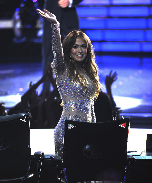 Jennifer Lopez waves to the audience
