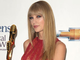 Taylor Swift poses in the press room at the 2012 Billboard Awards at the MGM Grand, Las Vegas