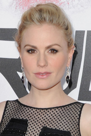 Actress Anna Paquin arriving for the Los Angeles premiere for the fifth season of HBO's 'True Blood'