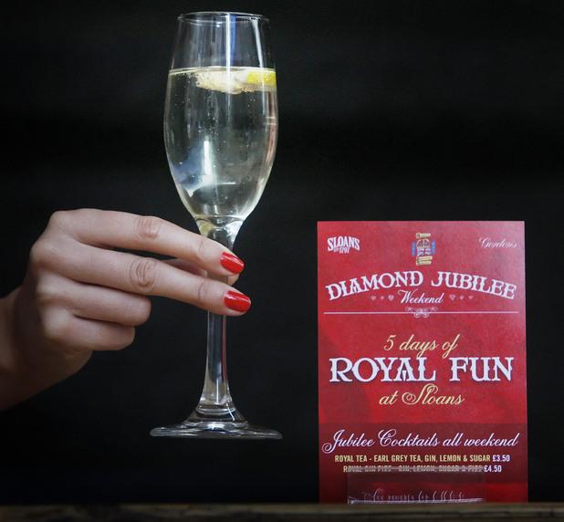 A royal Gin Fizz