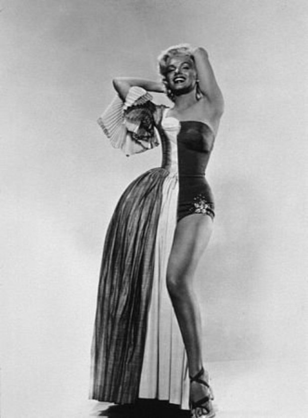 Marilyn Monroe as Pola Debevoise