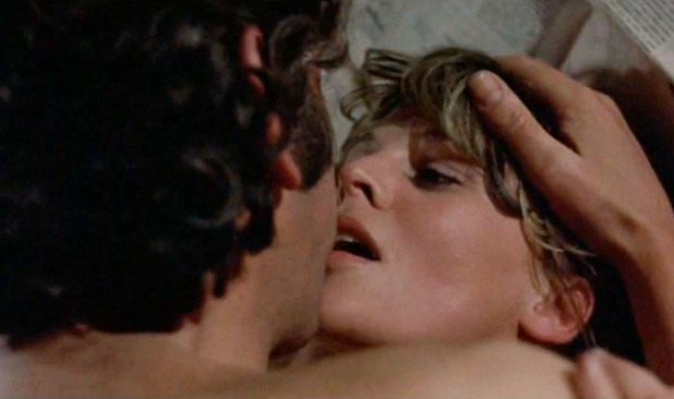 Top 10 Best Movie Sex Scenes. 1) Don't Look Now - Donald Sutherland and ...