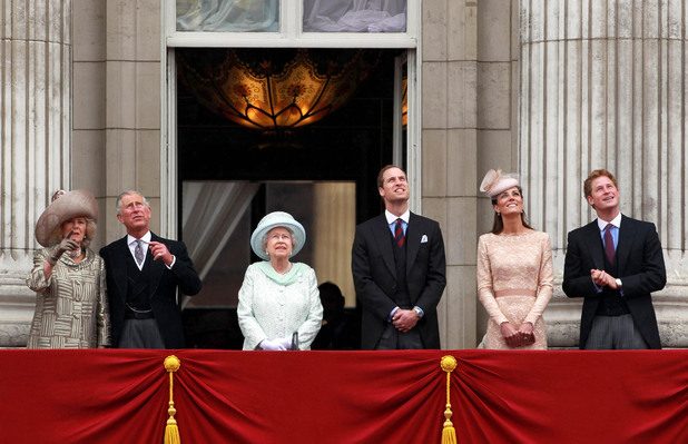 The Duchess of Cornwall, Prince Charles, The Queen, Prince William, The Duchess of Cambridge, Prince Harry, Diamond Jubilee, red arrows