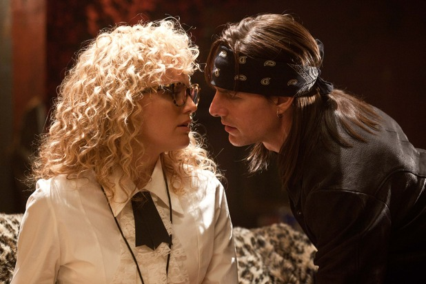 Tom Cruise and Malin Akerman in Rock of Ages
