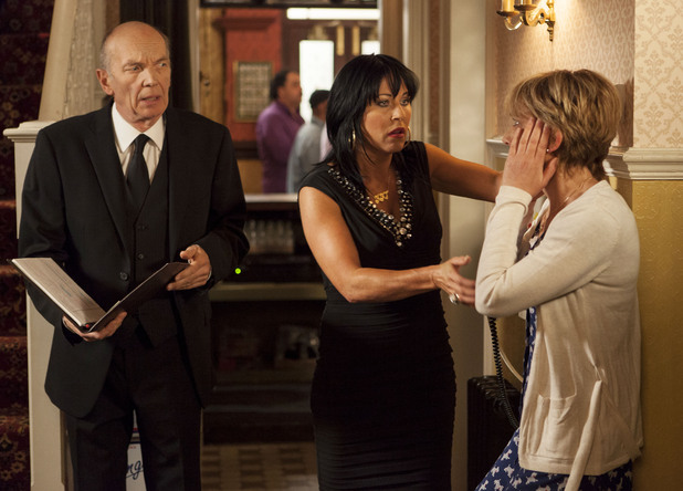 A funeral director arrives to see Jean, claiming that Stacey is dead.