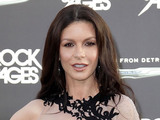 Catherine Zeta-Jones leaves rehab after bipolar disorder treatment