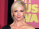 Jennie Garth explains that she hasn't been able to get in touch with the star.