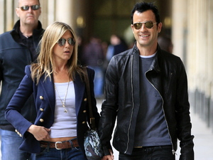 Jennifer Aniston and her boyfriend Justin Theroux walking and shopping in the Place des Vosges area of Paris Paris, France