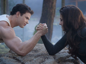 Twilight: Breaking Dawn - Part 2 still