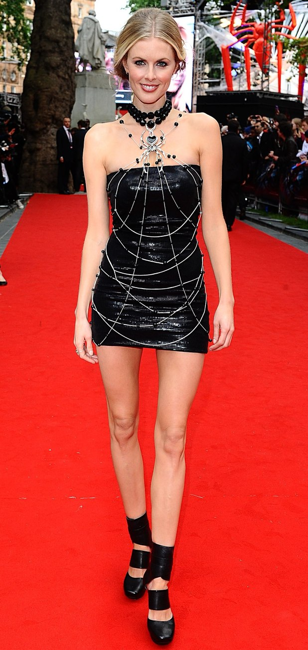 The Amazing Spider-Man Premiere: Donna Air