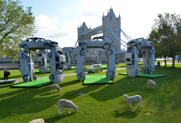Skoda recreates Stonehenge