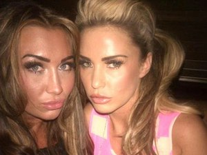 Lauren Goodger, Katie Price, Twitter