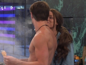 Big Brother Day 26: Sara 'kisses' Arron.