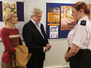 Leanne and Ken are shocked when the police inform them of a body found that matches Peter's description