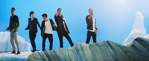 The Wanted 'Chasing The Sun' Ice Age 4 video.