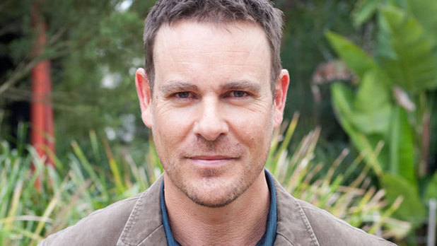 Aaron Jeffery in Neighbours