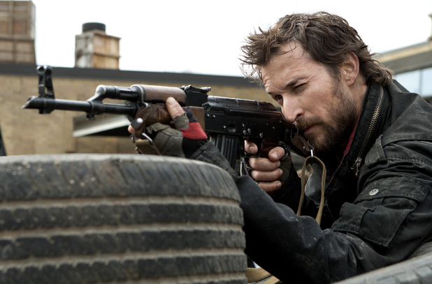 Noah Wyle in &#39;Falling Skies&#39;