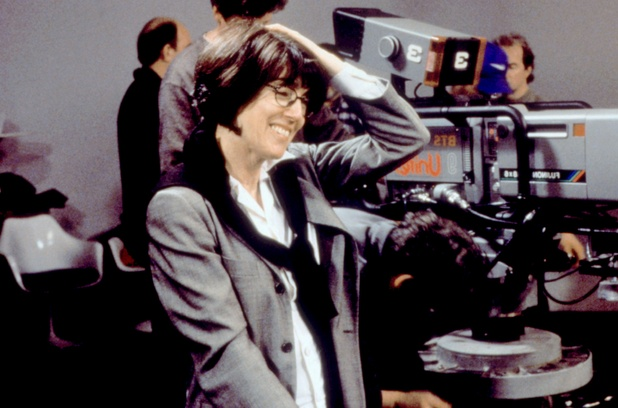 Nora Ephron on the set of You've Got Mail
