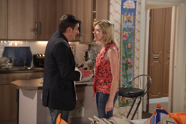Leanne is sick of Peter&#39;s drunken behaviour and reminds him that he can&#39;t just come crawling back to her when he feels like it