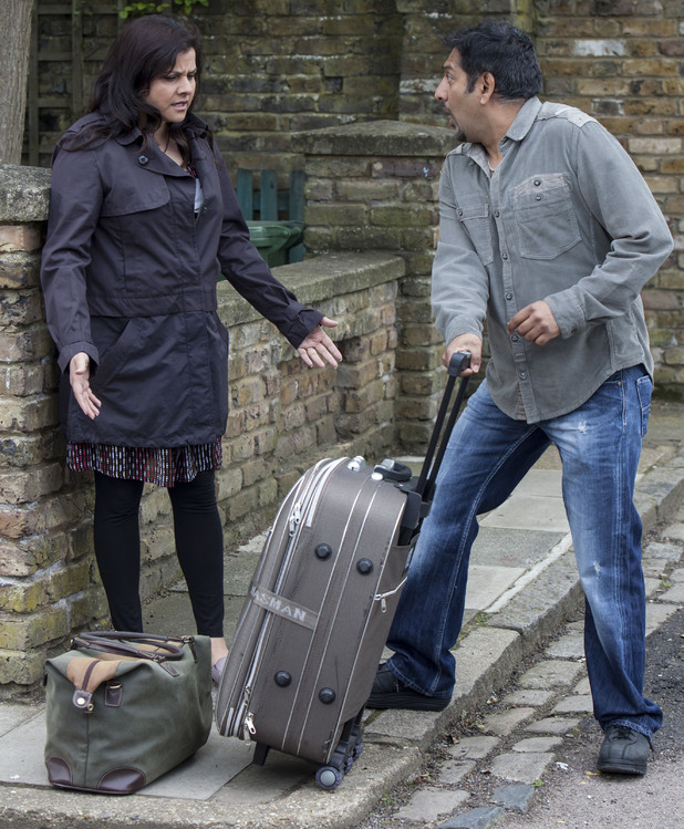 Masood tries to get Zainab to the train station without her spotting AJ