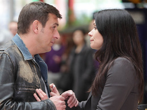 At the station, Peter spots Carla on the platform and makes his way over with Simon. He is horrified to discover Leanne is there too. Carla tells Peter that his plan was futile and they would have never got away with it