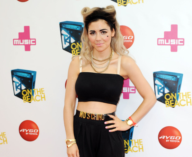 Marina and the Diamonds at T4 On The Beach.