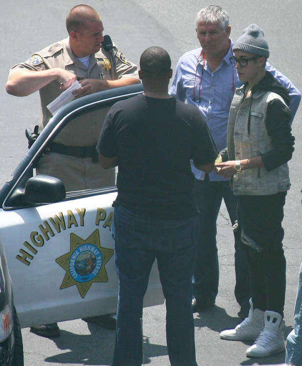 Justin Bieber gets a speeding ticket,