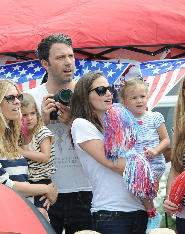 Ben Affleck, Jennifer Garner and daughters Violet and Seraphina