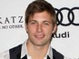 '90210': Justin Deeley to depart