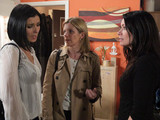 After hearing about Peter's plans from Simon, Leanne and Michelle follow Carla into Peter's flat as she returns to find their passports