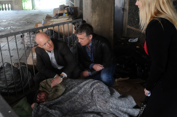 Tanya arrives to see a barely recognisable Ian.