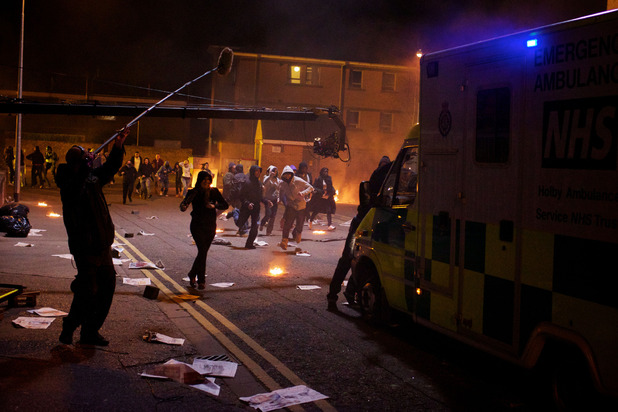 Behind the scenes look at how the Holby Riots episode was made
