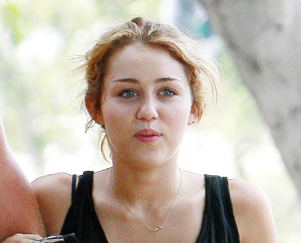 Miley Cyrus without make-up