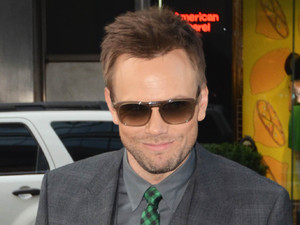 Joel McHale leaving his midtown hotel New York City