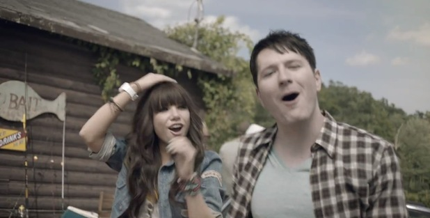 Carly Rae Jepsen, Owl City 'Good Time' video