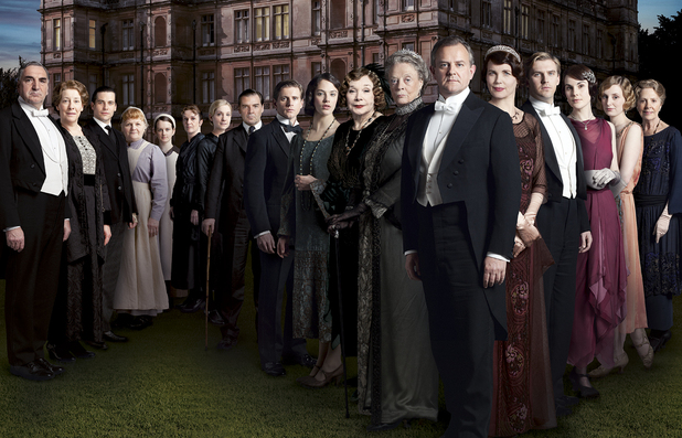 http://i1.cdnds.net/12/30/618x397/downton_abbey_02.JPG