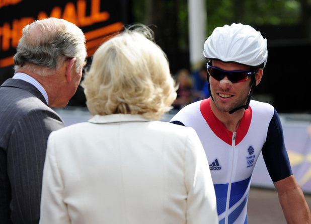 Mark Cavendish meets Prince Charles and the Duchess of Cornwall before the Men&#39;s Road Race on the Mall, London.