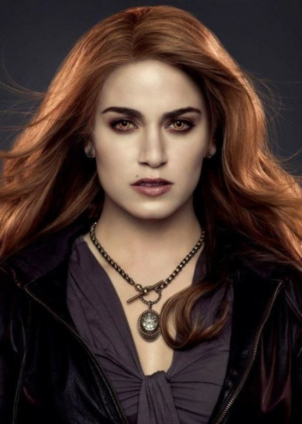 Nikki Reed as Rosalie.