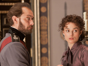 Anna Karenina - Jude Law and Keira Knightley