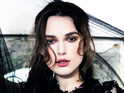 Keira Knightley admits that she dislikes being the focus of attention.
