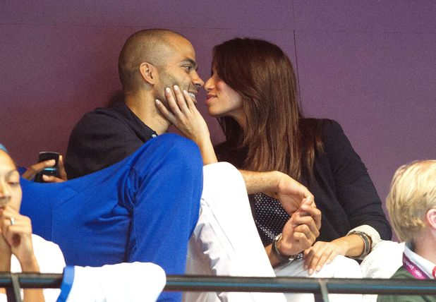 Tony Parker, Axelle, watch Spain v Montenegro men's quarter final Water Polo match, London 2012