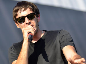 V Festival 2012: Example