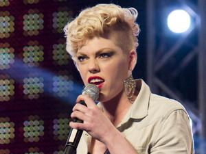 The X Factor 2012 - Episode 1: Zoe