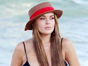 Lindsay Lohan, Malibu beach, bikini